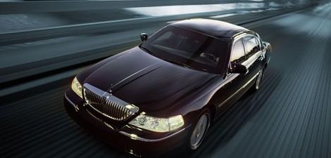 black-lincoln-limo