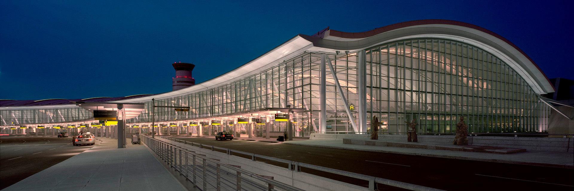 pearson_airport_limo-e1512494286210